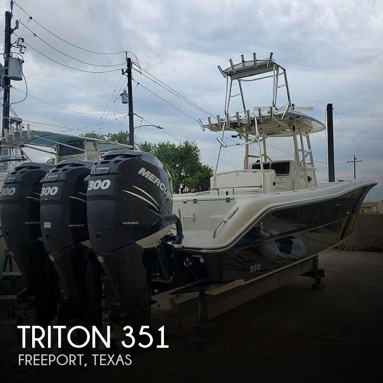 2009 TRITON 351 for sale