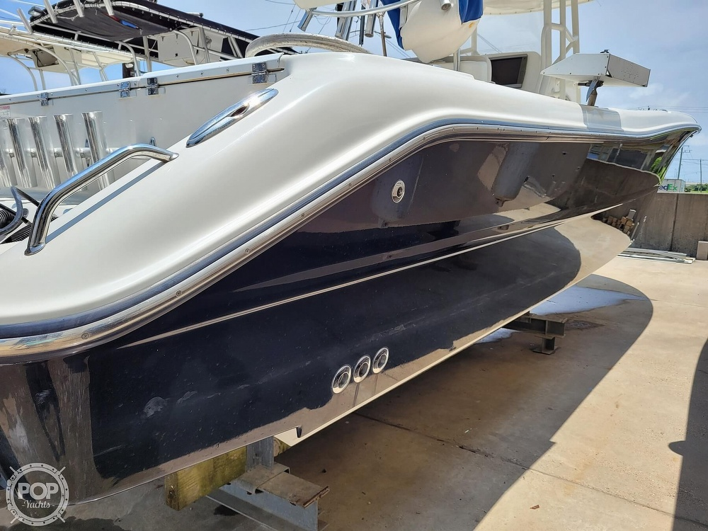 2009 Triton boat for sale, model of the boat is 351 & Image # 20 of 40