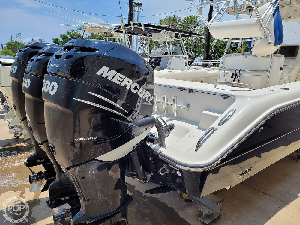 2009 Triton boat for sale, model of the boat is 351 & Image # 9 of 40