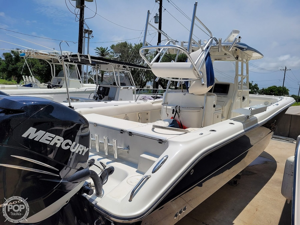 2009 Triton boat for sale, model of the boat is 351 & Image # 21 of 40