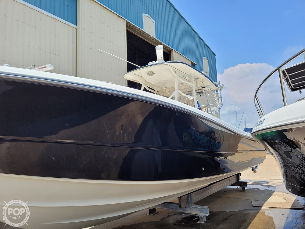 2009 Triton boat for sale, model of the boat is 351 & Image # 25 of 40