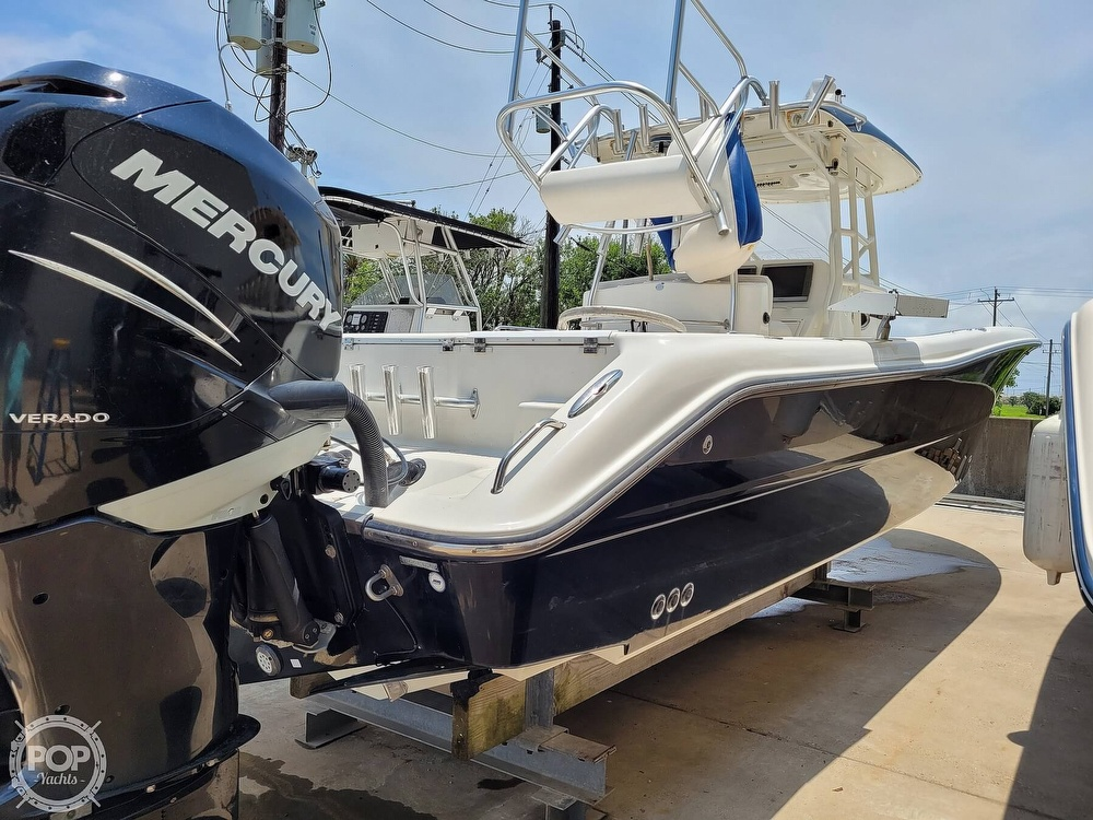 2009 Triton boat for sale, model of the boat is 351 & Image # 32 of 40