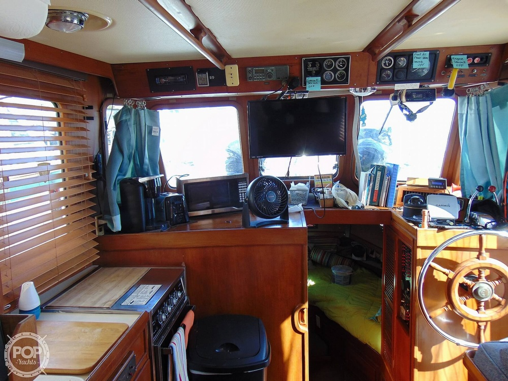 1987 CHB boat for sale, model of the boat is 34 Tri-Cabin & Image # 37 of 40