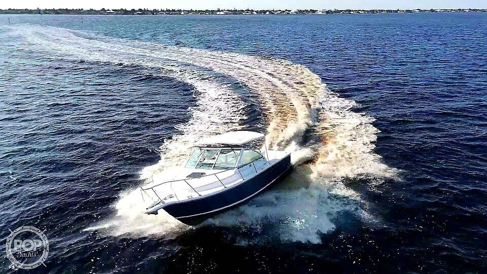 2000 Tiara Yachts boat for sale, model of the boat is 2900 Coronet & Image # 4 of 40