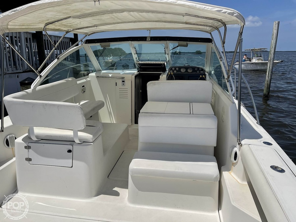 2000 Tiara Yachts boat for sale, model of the boat is 2900 Coronet & Image # 5 of 40