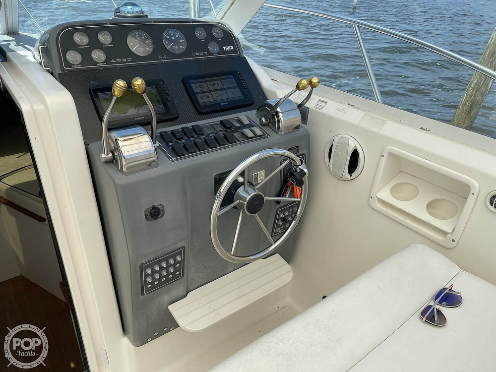 2000 Tiara Yachts boat for sale, model of the boat is 2900 Coronet & Image # 6 of 40