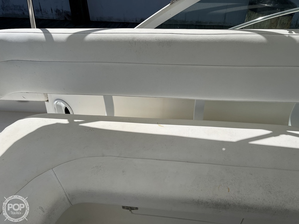 2000 Tiara Yachts boat for sale, model of the boat is 2900 Coronet & Image # 38 of 40