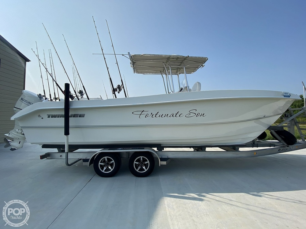 2018 Twin Vee boat for sale, model of the boat is OceanCat 260 GF & Image # 5 of 40