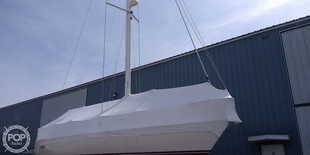1989 Catalina Yachts boat for sale, model of the boat is 42 Wing Keel & Image # 11 of 40