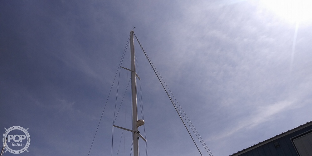 1989 Catalina Yachts boat for sale, model of the boat is 42 Wing Keel & Image # 13 of 40