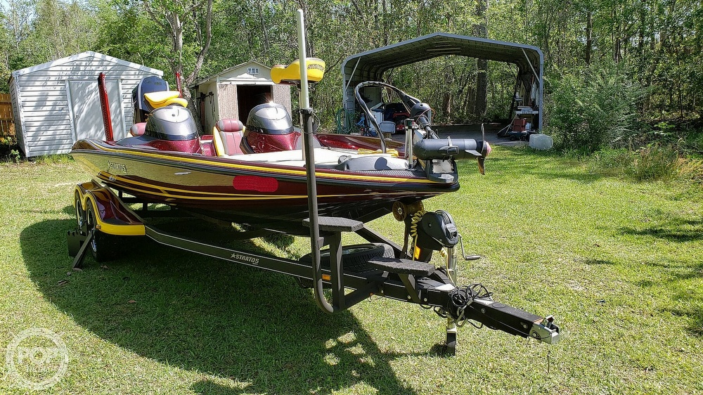 2016 Stratos boat for sale, model of the boat is 201 XL Evolution & Image # 8 of 40