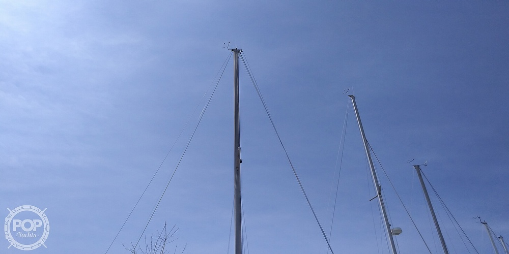 1984 Catalina Yachts boat for sale, model of the boat is 30 & Image # 9 of 40