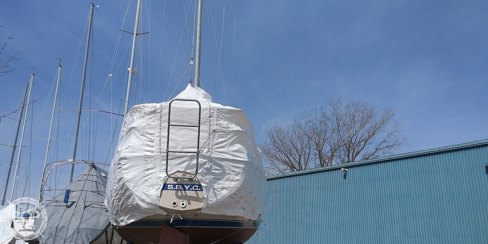 1984 Catalina Yachts boat for sale, model of the boat is 30 & Image # 20 of 40