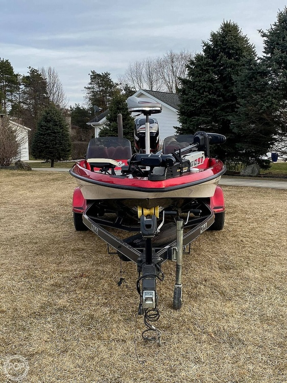 2005 Bass Cat Boats boat for sale, model of the boat is Pantera IV & Image # 2 of 40