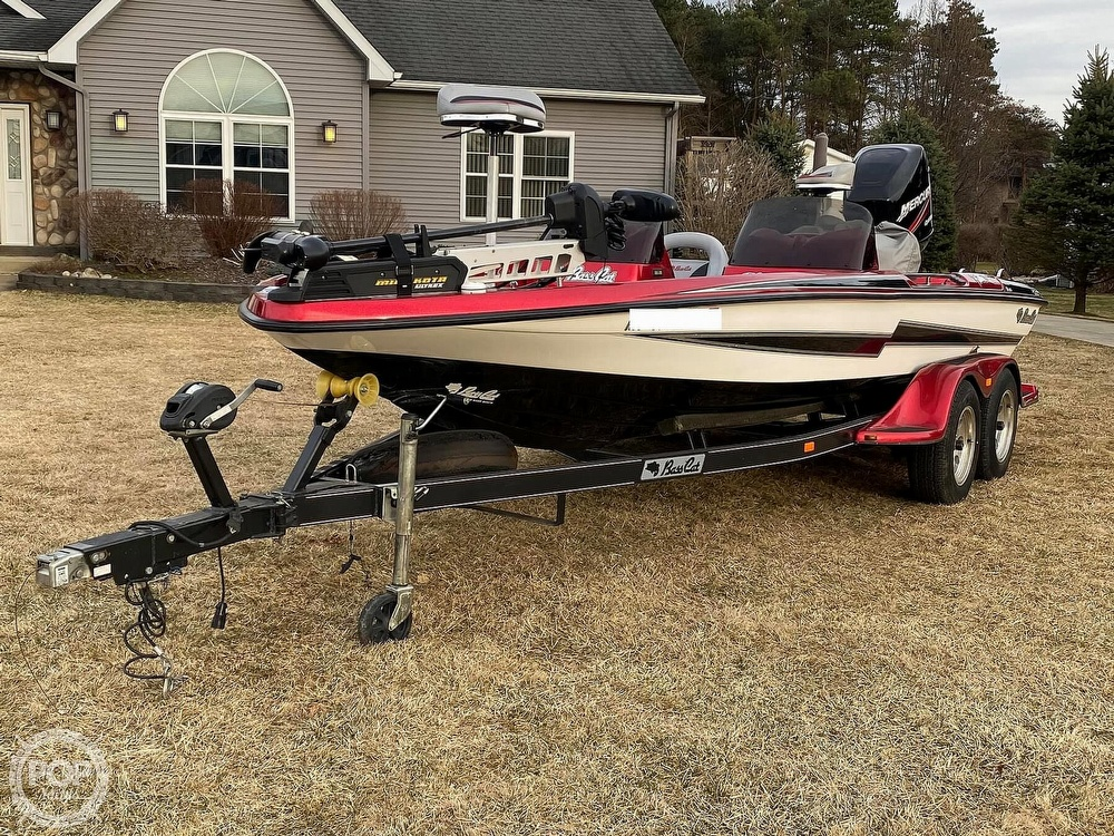 2005 Bass Cat Boats boat for sale, model of the boat is Pantera IV & Image # 4 of 40