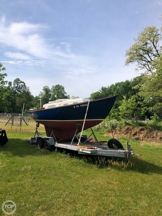 1976 Cape Dory boat for sale, model of the boat is 25 & Image # 2 of 14