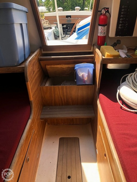 1976 Cape Dory boat for sale, model of the boat is 25 & Image # 12 of 14