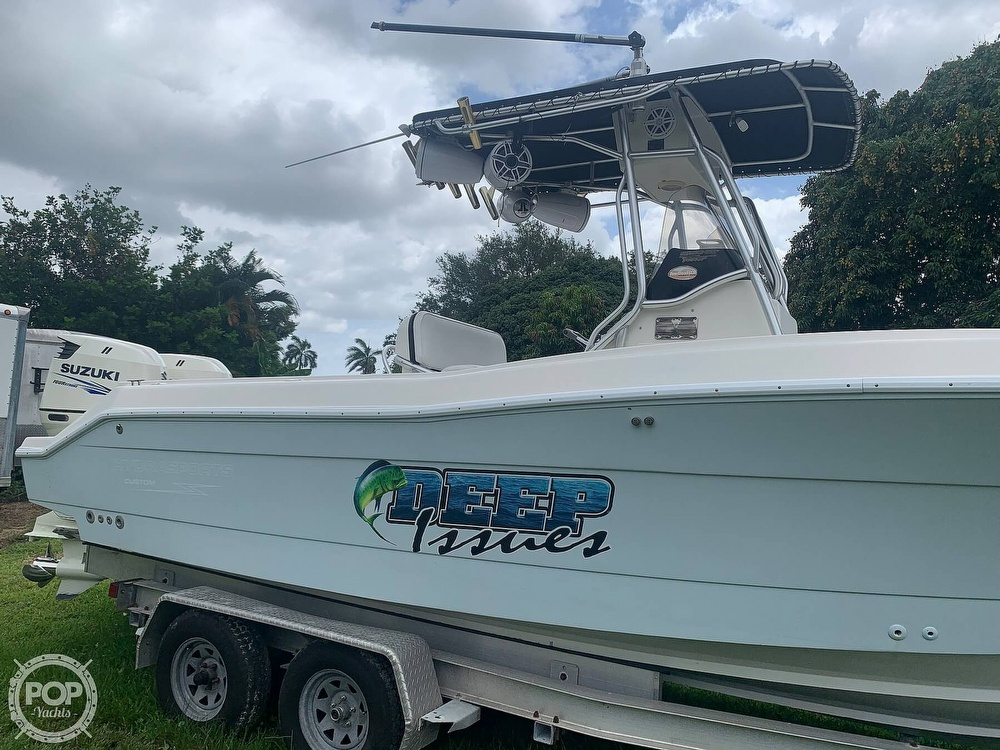 2005 Hydra-Sports boat for sale, model of the boat is Vector 2400CC & Image # 8 of 40