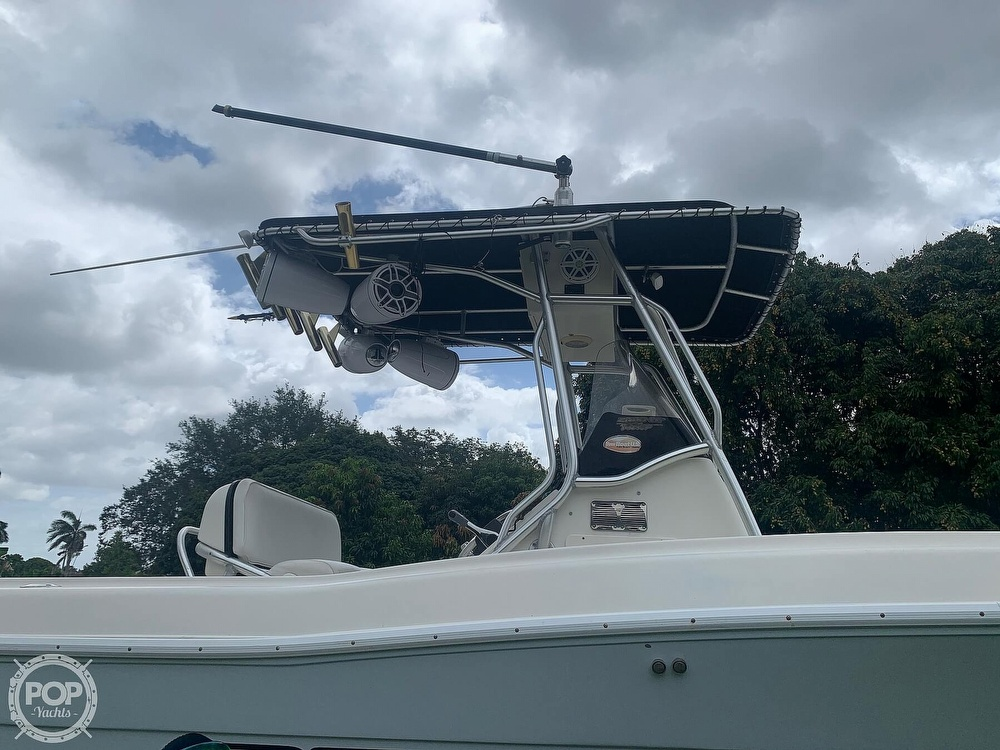 2005 Hydra-Sports boat for sale, model of the boat is Vector 2400CC & Image # 9 of 40