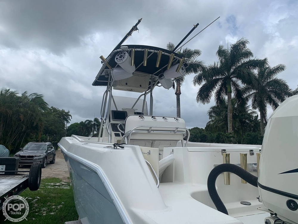 2005 Hydra-Sports boat for sale, model of the boat is Vector 2400CC & Image # 11 of 40
