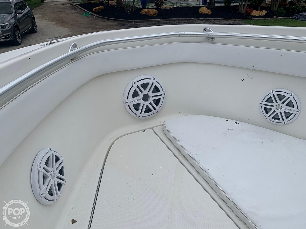 2005 Hydra-Sports boat for sale, model of the boat is Vector 2400CC & Image # 28 of 40