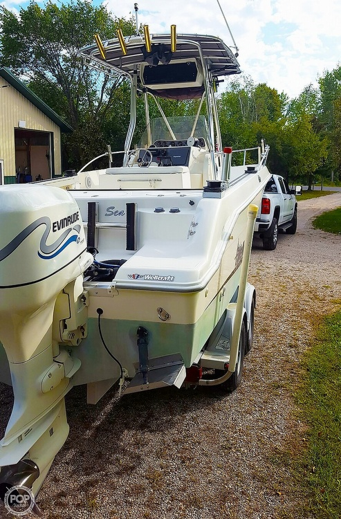 1999 Wellcraft boat for sale, model of the boat is Fisherman 230 & Image # 7 of 12