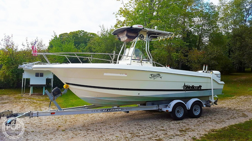 1999 Wellcraft boat for sale, model of the boat is Fisherman 230 & Image # 3 of 12