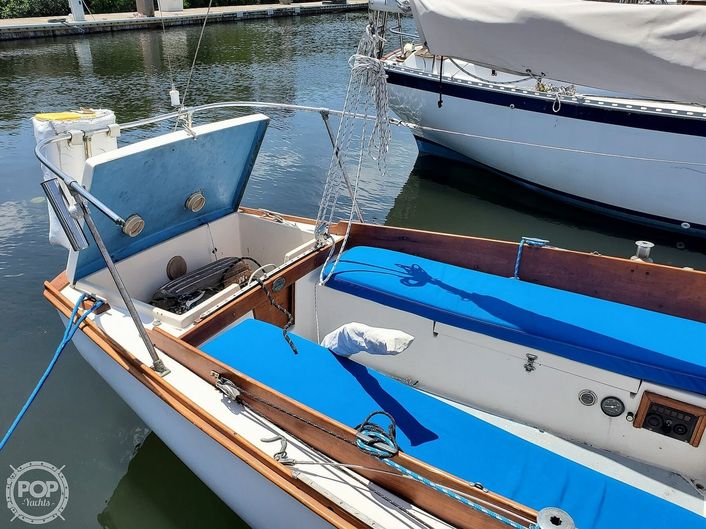 1975 Cape Dory boat for sale, model of the boat is 25 & Image # 25 of 40