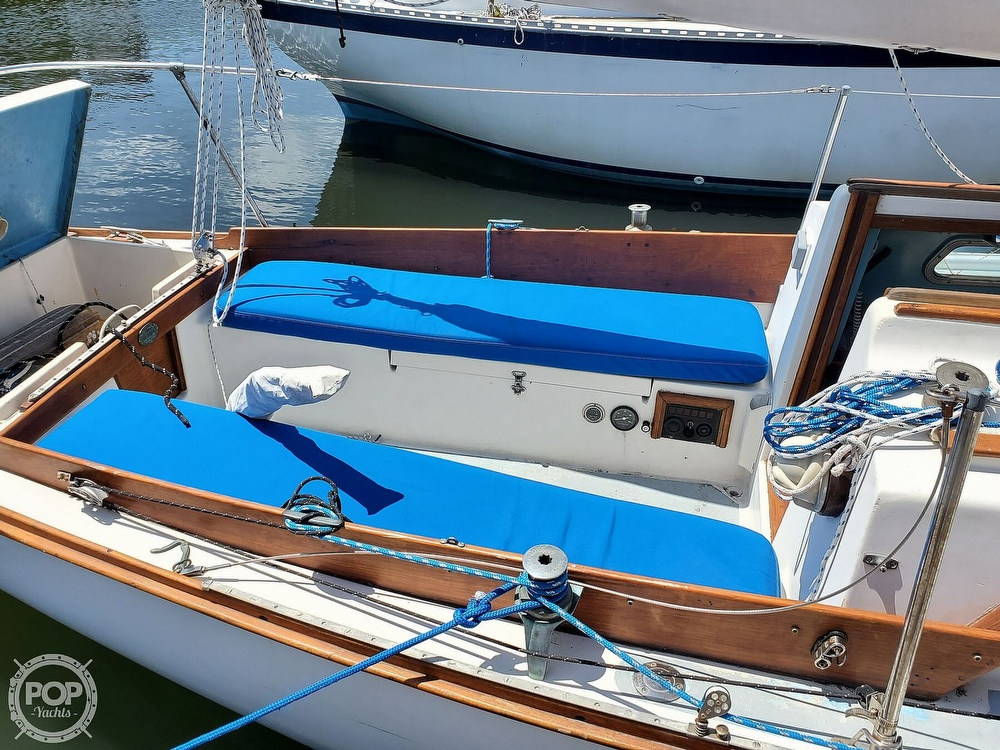 1975 Cape Dory boat for sale, model of the boat is 25 & Image # 4 of 40