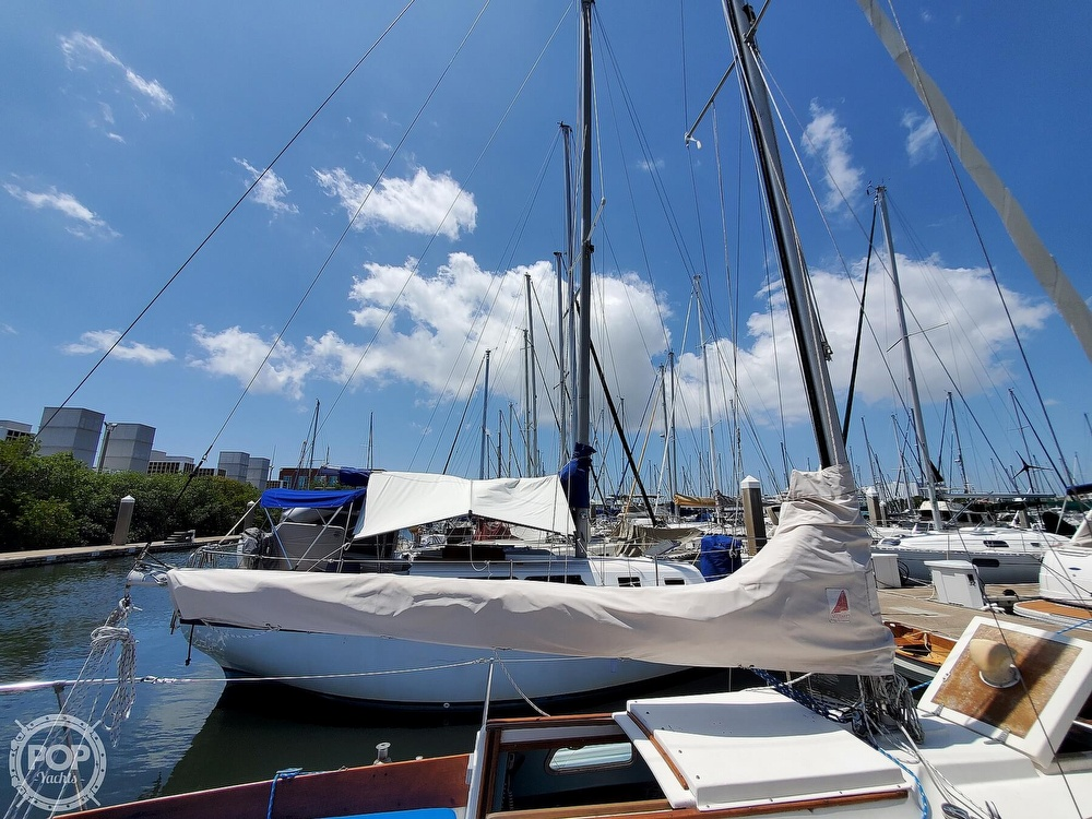 1975 Cape Dory boat for sale, model of the boat is 25 & Image # 28 of 40