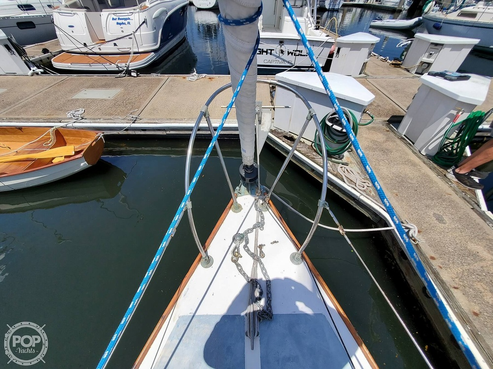 1975 Cape Dory boat for sale, model of the boat is 25 & Image # 33 of 40