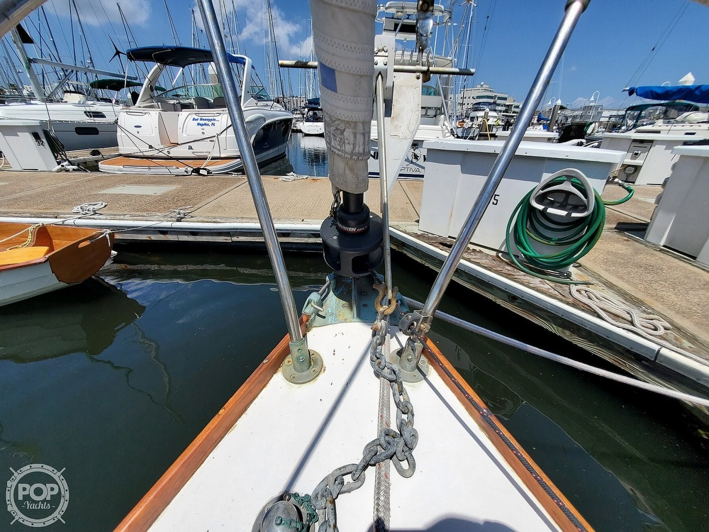 1975 Cape Dory boat for sale, model of the boat is 25 & Image # 35 of 40