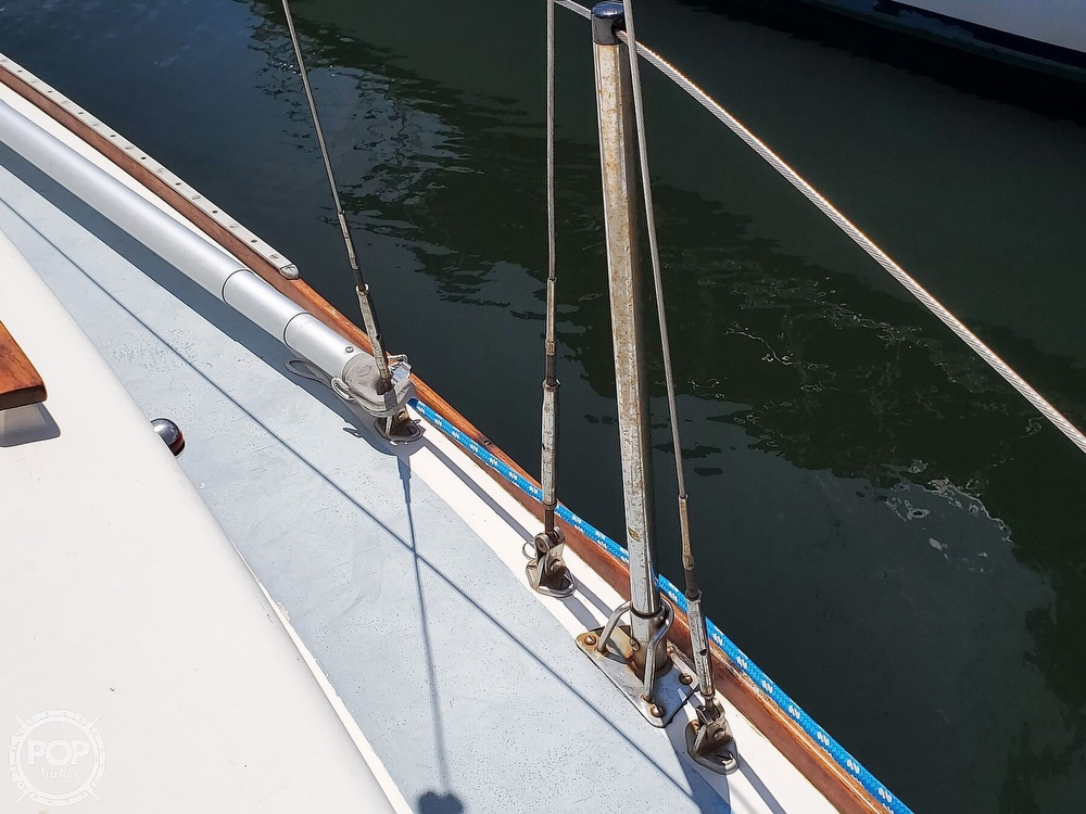1975 Cape Dory boat for sale, model of the boat is 25 & Image # 38 of 40