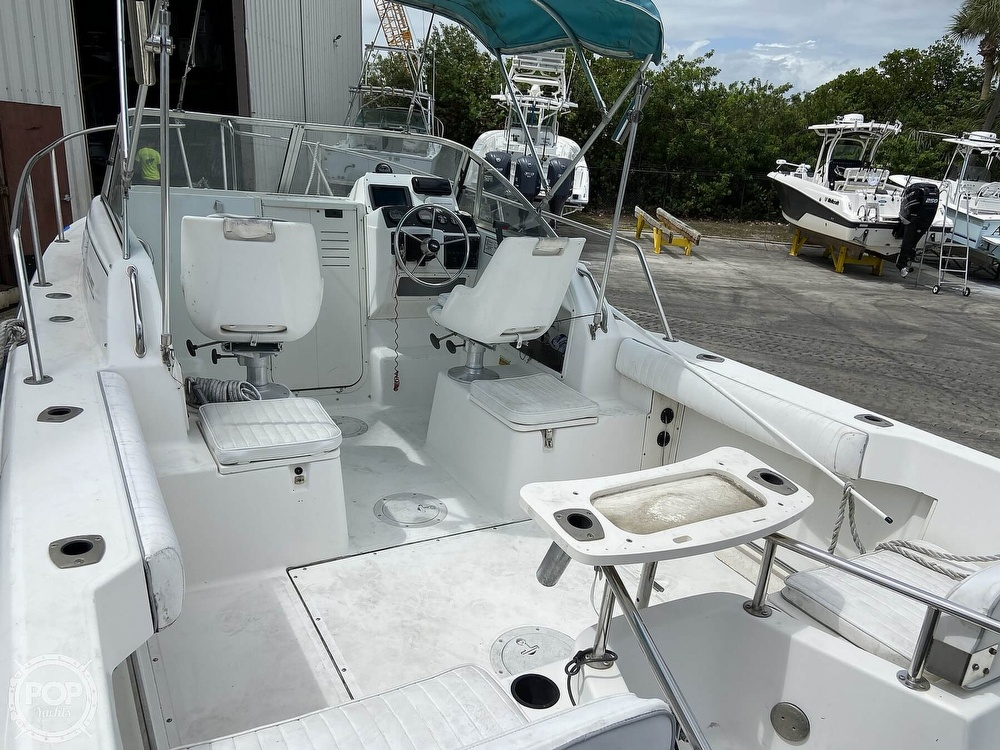 1998 Boston Whaler boat for sale, model of the boat is Conquest 21 & Image # 28 of 40