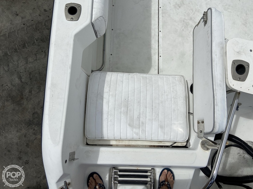 1998 Boston Whaler boat for sale, model of the boat is Conquest 21 & Image # 16 of 40