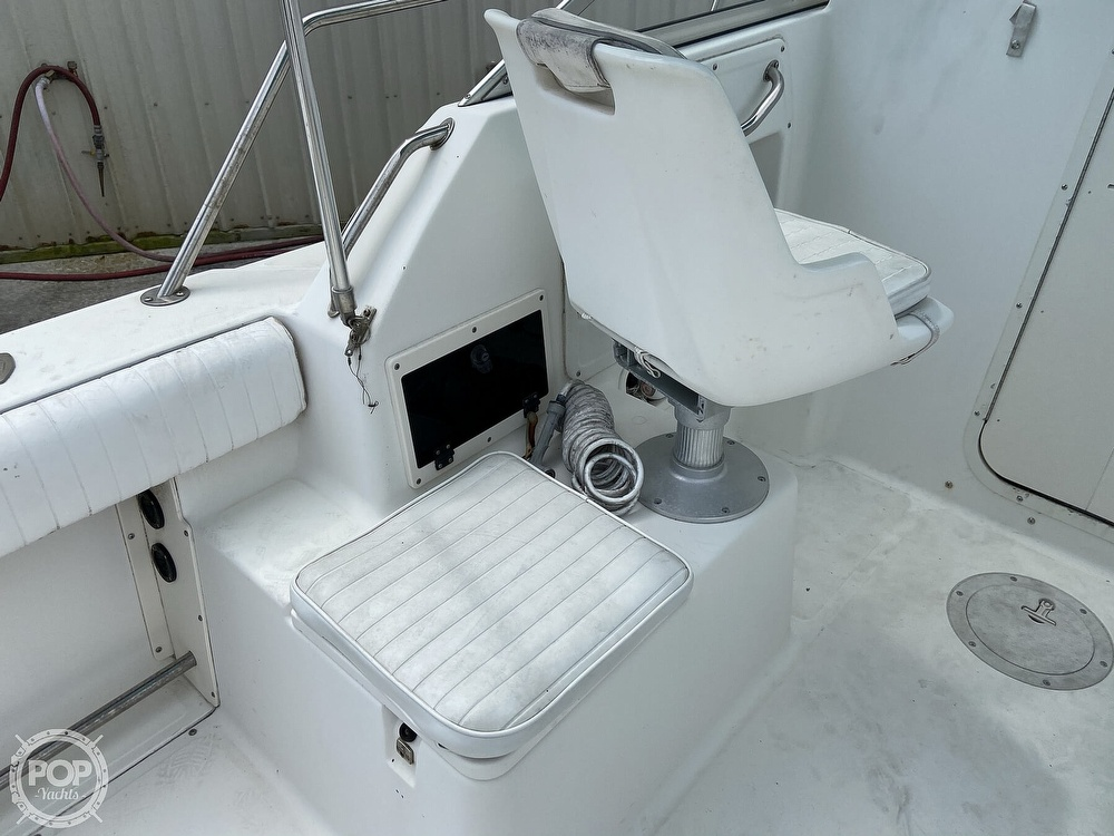 1998 Boston Whaler boat for sale, model of the boat is Conquest 21 & Image # 36 of 40
