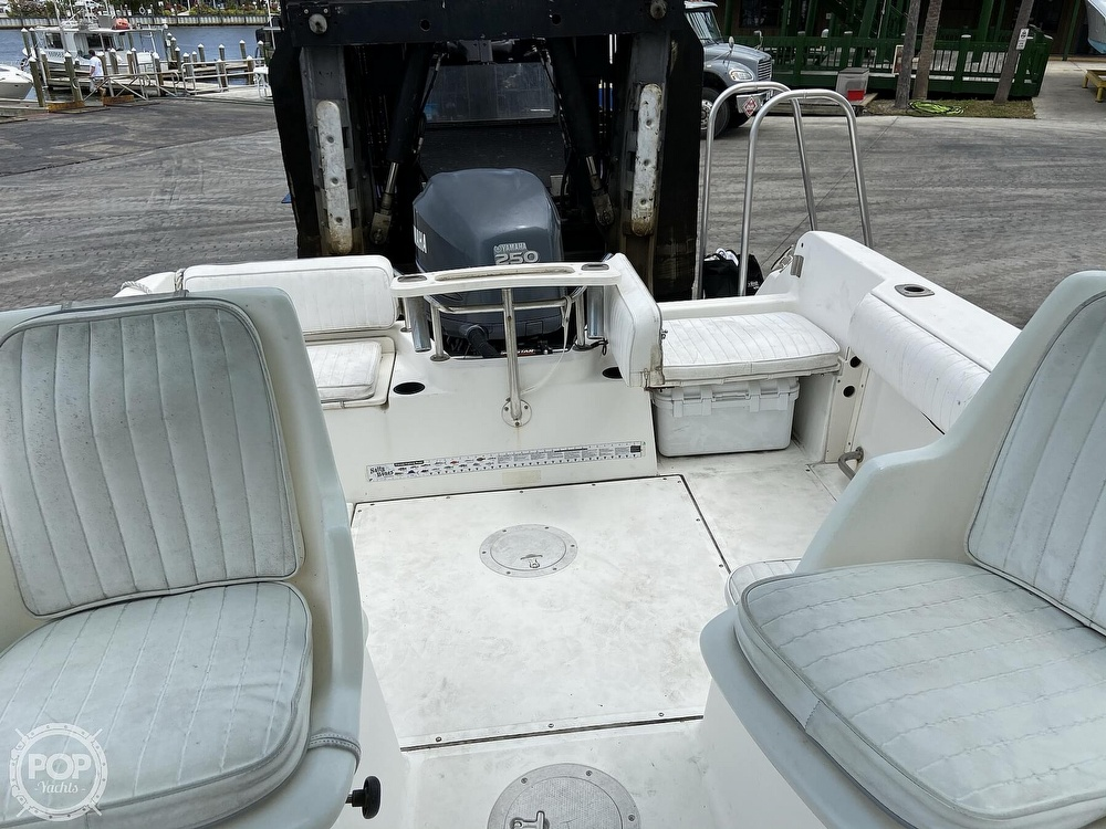 1998 Boston Whaler boat for sale, model of the boat is Conquest 21 & Image # 7 of 40