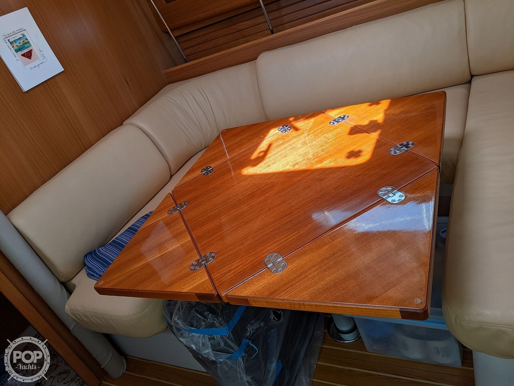 2011 Catalina Yachts boat for sale, model of the boat is 355 & Image # 20 of 40