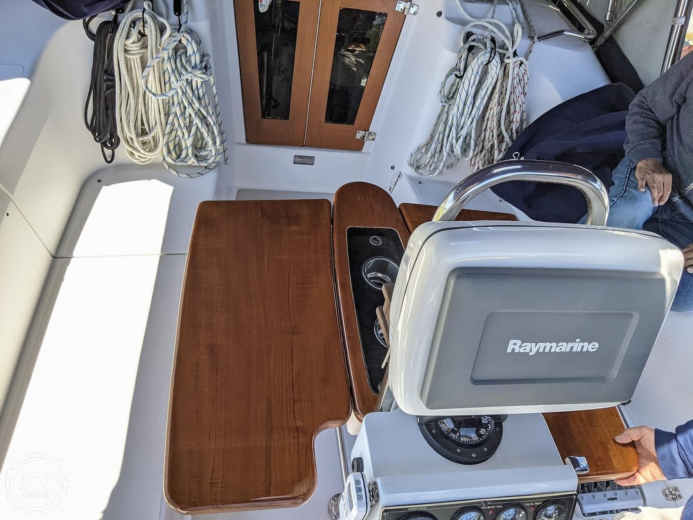 2011 Catalina Yachts boat for sale, model of the boat is 355 & Image # 36 of 40