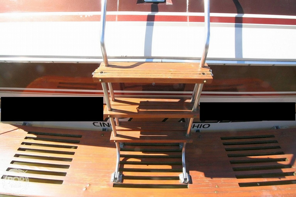 1980 Chris Craft boat for sale, model of the boat is 332 Express & Image # 24 of 40