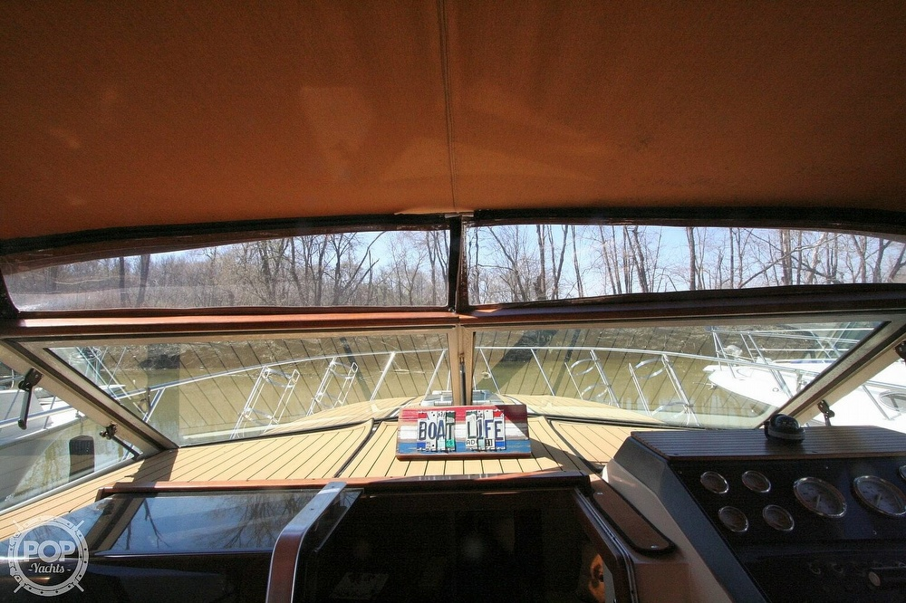 1980 Chris Craft boat for sale, model of the boat is 332 Express & Image # 25 of 40
