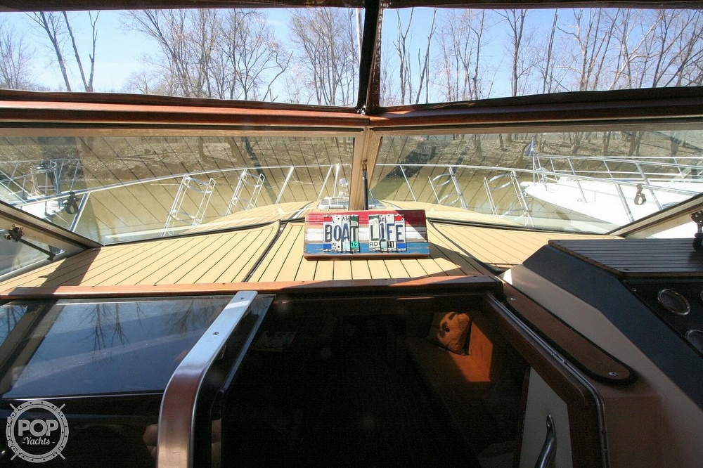 1980 Chris Craft boat for sale, model of the boat is 332 Express & Image # 26 of 40
