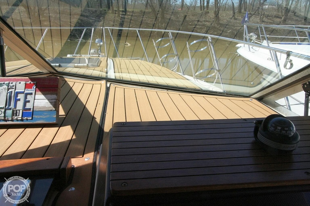 1980 Chris Craft boat for sale, model of the boat is 332 Express & Image # 28 of 40