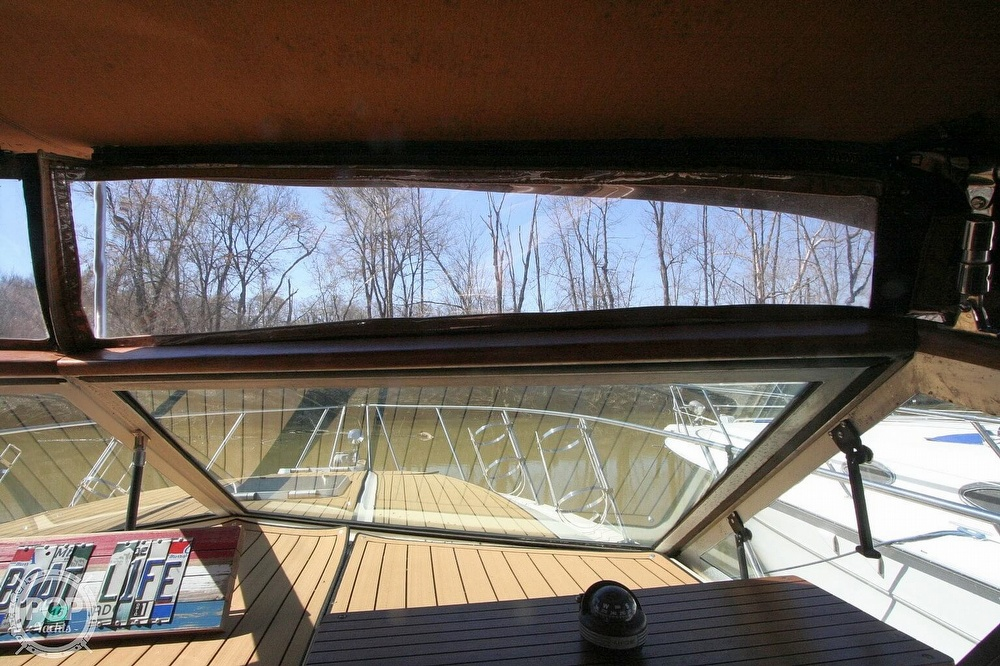 1980 Chris Craft boat for sale, model of the boat is 332 Express & Image # 30 of 40