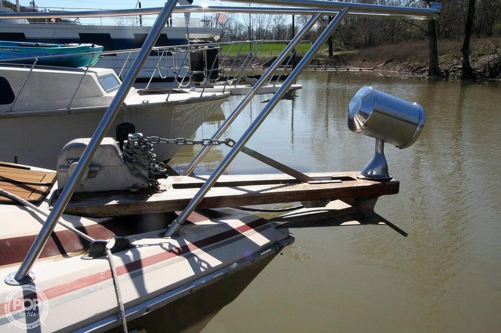 1980 Chris Craft boat for sale, model of the boat is 332 Express & Image # 31 of 40