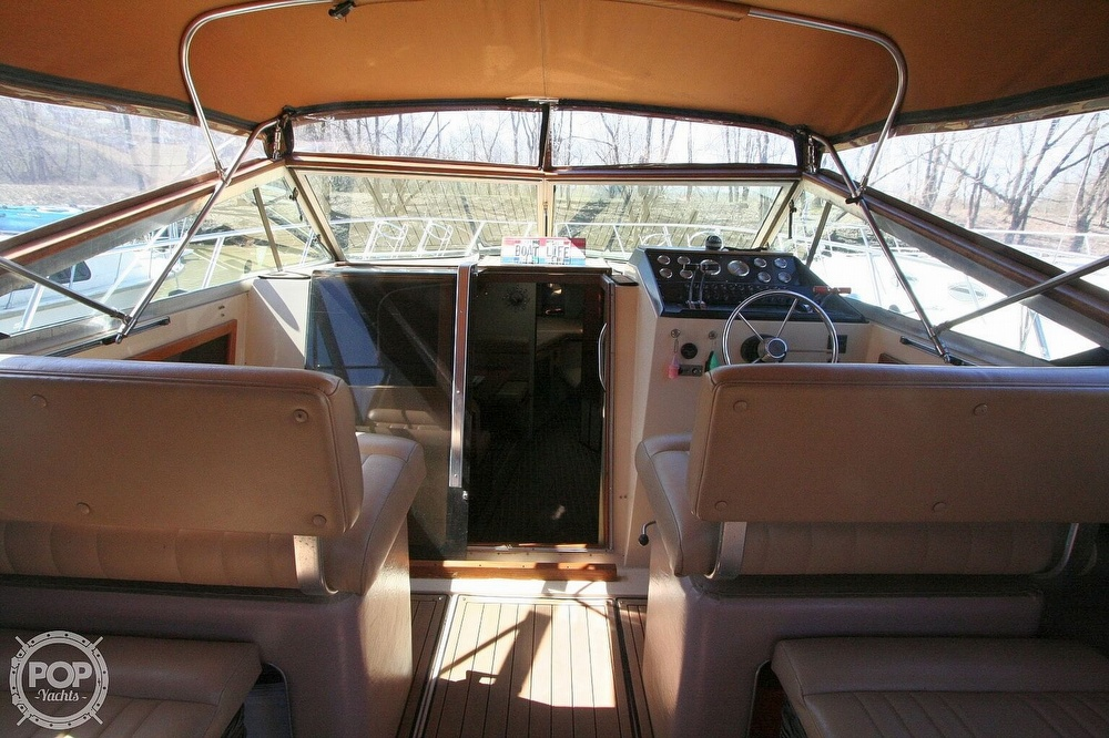 1980 Chris Craft boat for sale, model of the boat is 332 Express & Image # 39 of 40