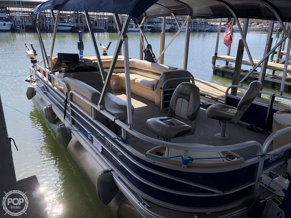 2016 Sun Tracker boat for sale, model of the boat is Fishin' Barge 24 XP3 & Image # 5 of 40