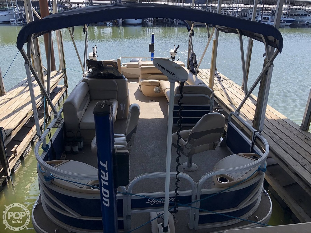 2016 Sun Tracker boat for sale, model of the boat is Fishin' Barge 24 XP3 & Image # 11 of 40