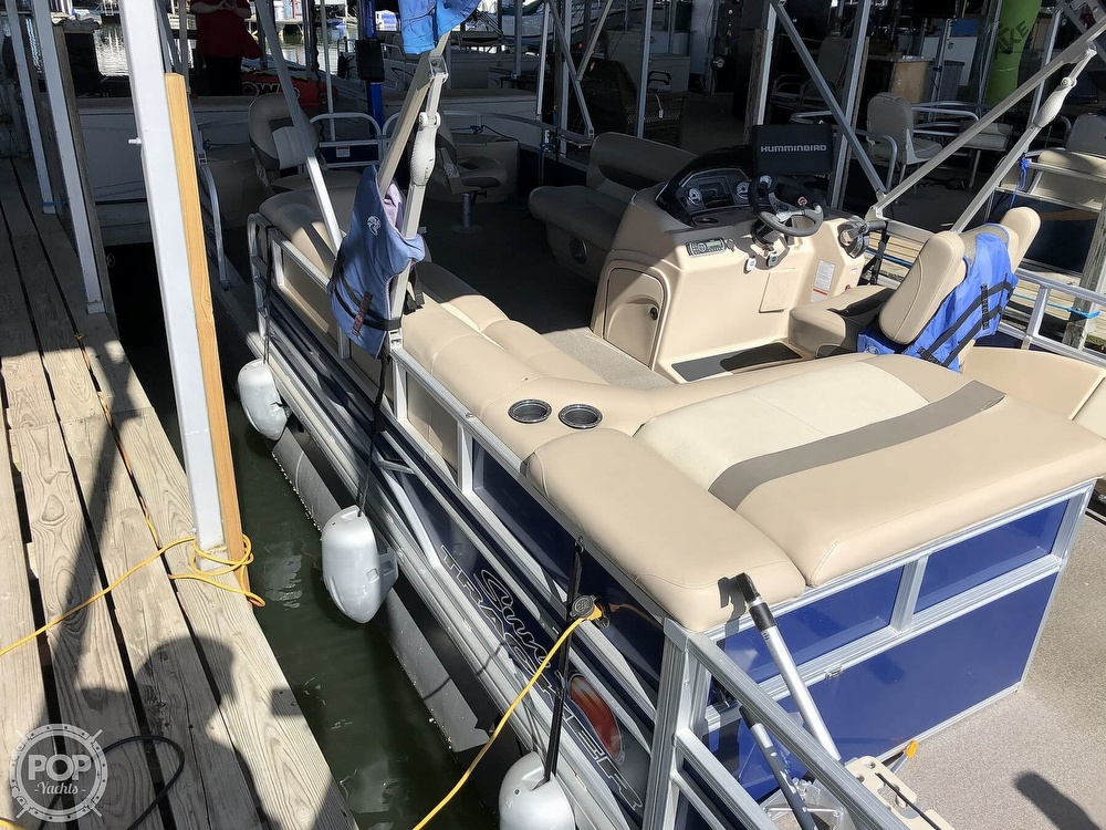 2016 Sun Tracker boat for sale, model of the boat is Fishin' Barge 24 XP3 & Image # 16 of 40