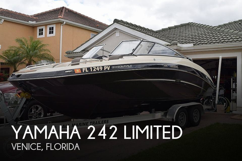 Used Yamaha Boats For Sale in Cape Coral, Florida by owner | 2014 Yamaha 242 Limited